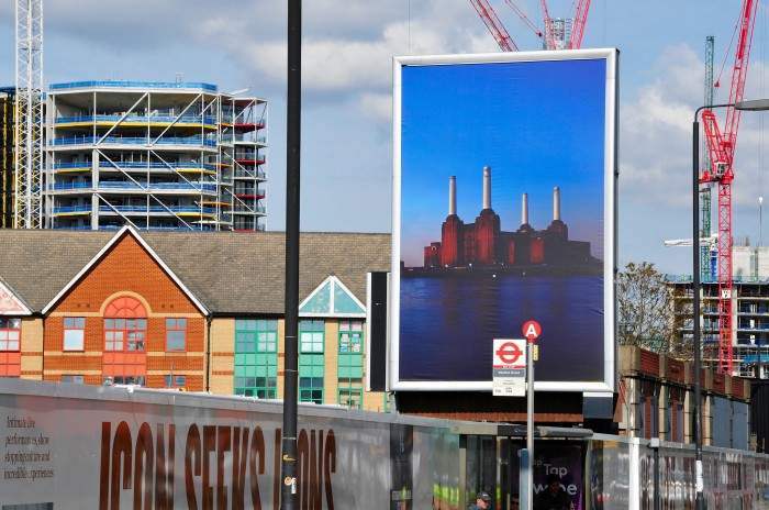 Advertising hoarding and flex face lightbox at Battersea Power Station. Printed, risk management and installation by Octink.