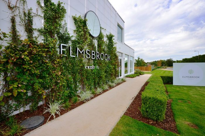Exterior living wall at Elmsbrook marketing suite by Octink