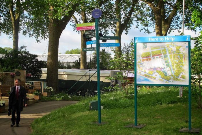 Wayfinding at RHS Chelsea Flower Show by Octink